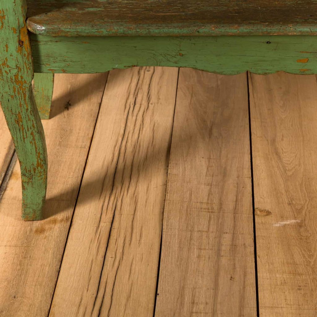 HOW TO LAY A RECLAIMED OAK FLOOR