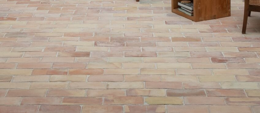 LUBY brick floor tile