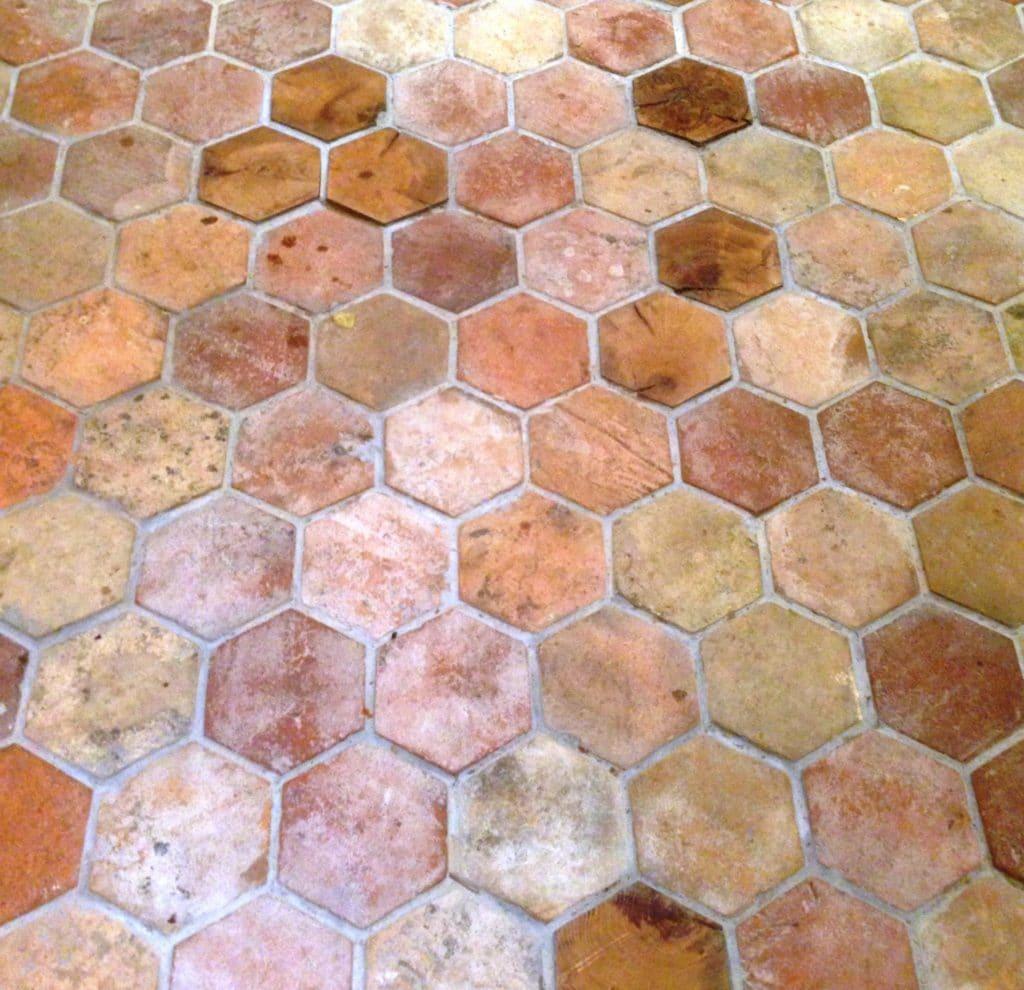 kr2 hexagonal reclaimed terracotta tile