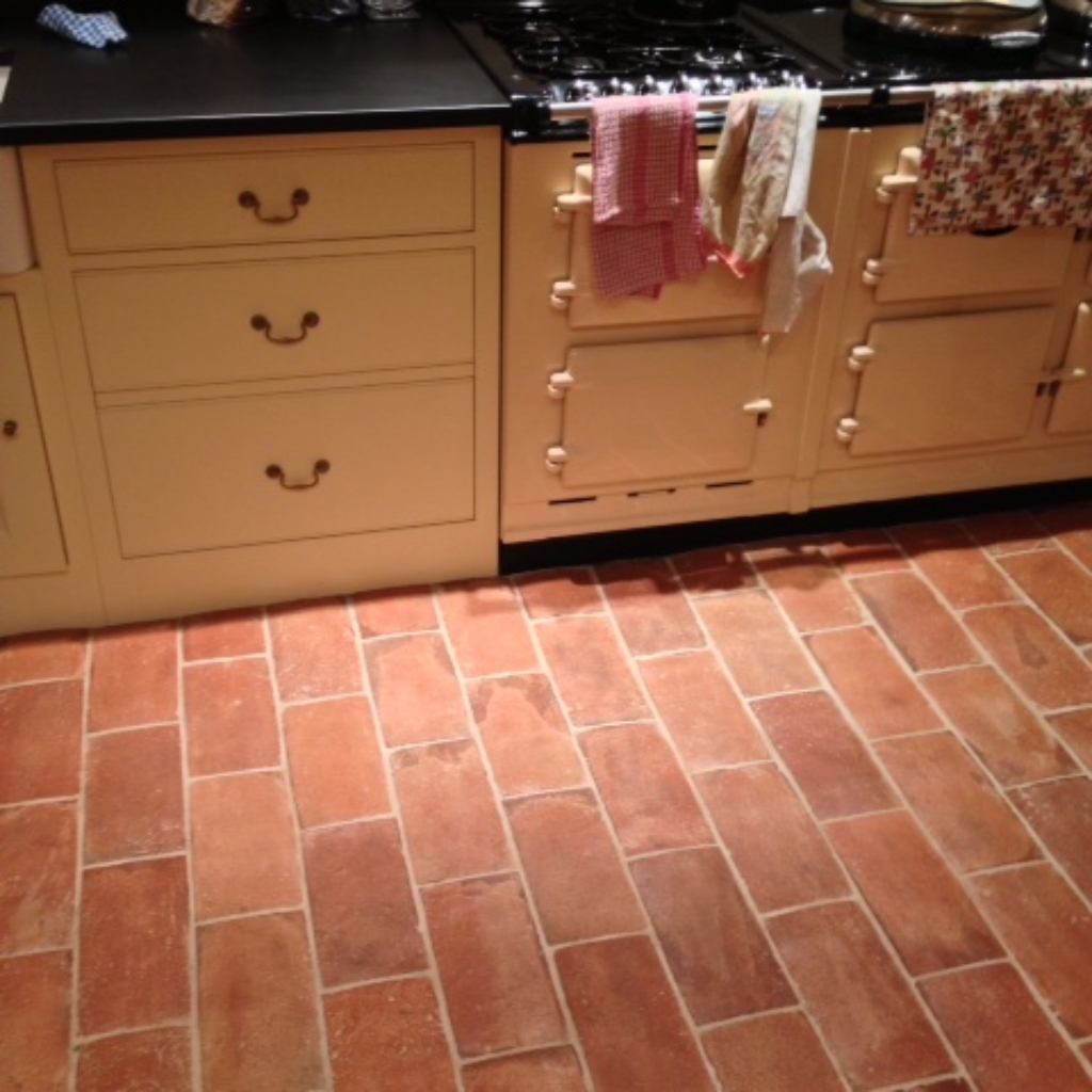 Kitchen terracotta tiles
