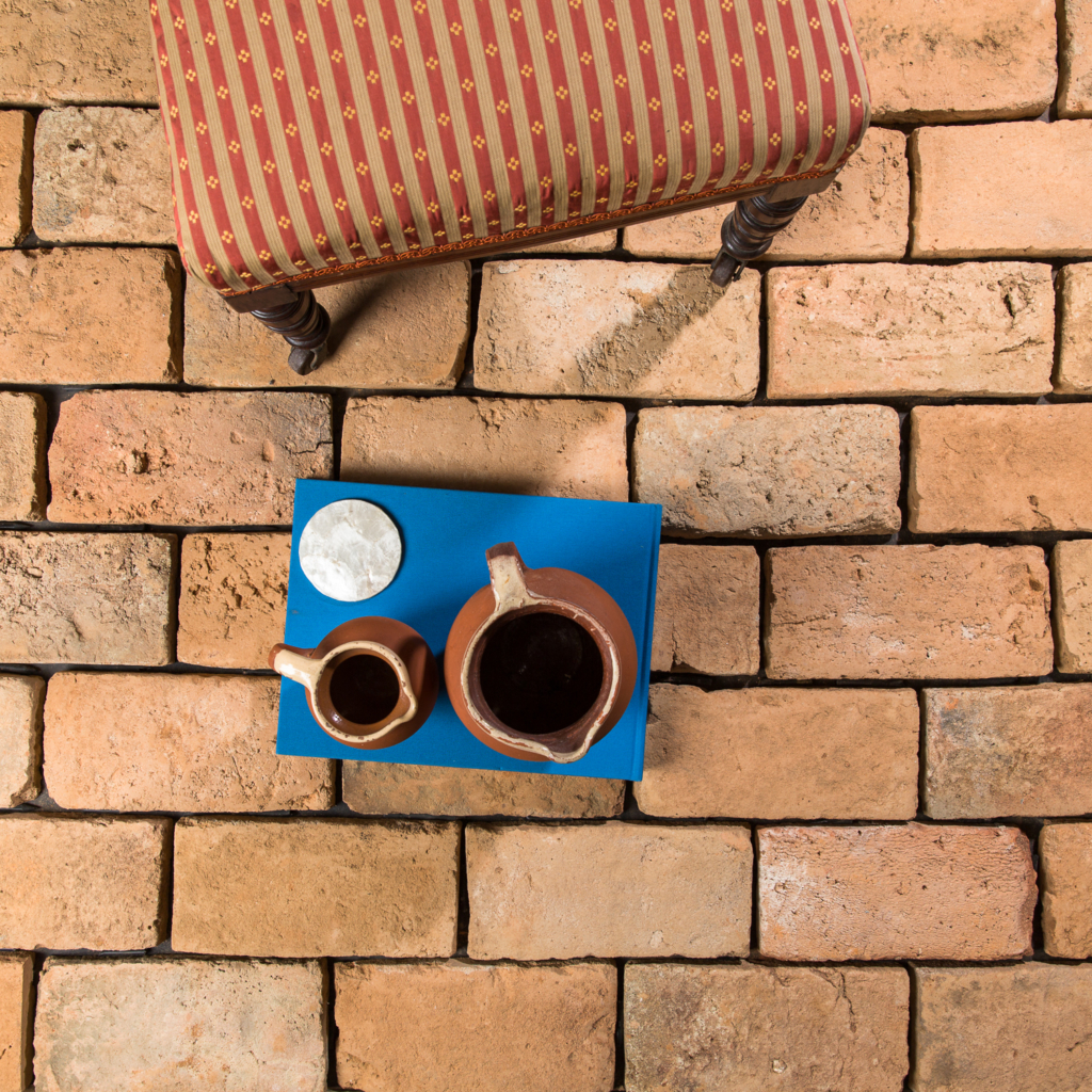 Pale reclaimed brick tile